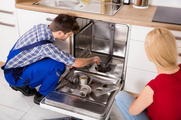 ماشین ظرفشویی آب را تخلیه نمیکند